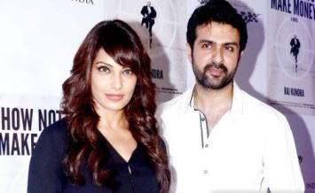 Bipasha Basu announces her relationship with Harman Baweja