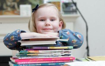 3-year-old Arizona girl with IQ equivalent to Einstein enters Mensa