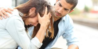 MEN CAN HELP WOMEN COPE WITH THEIR PMS SYMPTOMS